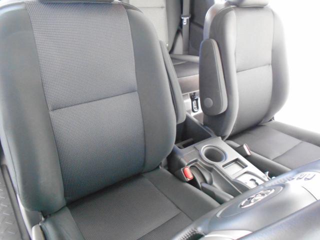 カラーパッケージ 4WD ルーフラック フルセグ(13枚目)