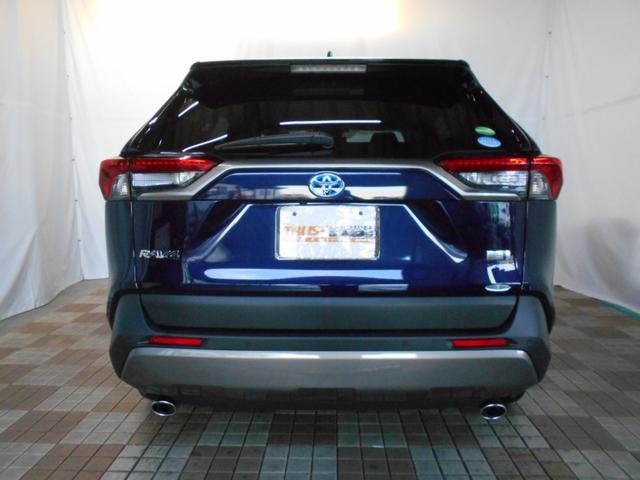 ハイブリッドG 4WD サンルーフ レザーシート 寒冷地仕様 パワーバックドア LEDヘッド フルセグ DVD再生 ブラインドモニター セーフティセンス ビルトインETC スマートキー2個 走行2千km台(6枚目)
