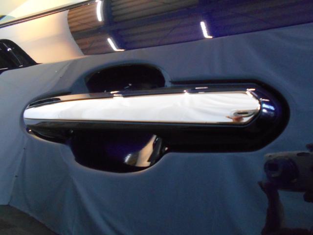 ハイブリッドG 4WD サンルーフ レザーシート 寒冷地仕様 パワーバックドア LEDヘッド フルセグ DVD再生 ブラインドモニター セーフティセンス ビルトインETC スマートキー2個 走行2千km台(24枚目)