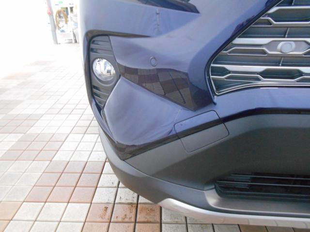 ハイブリッドG 4WD サンルーフ レザーシート 寒冷地仕様 パワーバックドア LEDヘッド フルセグ DVD再生 ブラインドモニター セーフティセンス ビルトインETC スマートキー2個 走行2千km台(28枚目)