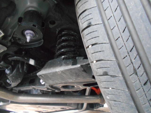 ハイブリッドG 4WD サンルーフ レザーシート 寒冷地仕様 パワーバックドア LEDヘッド フルセグ DVD再生 ブラインドモニター セーフティセンス ビルトインETC スマートキー2個 走行2千km台(38枚目)