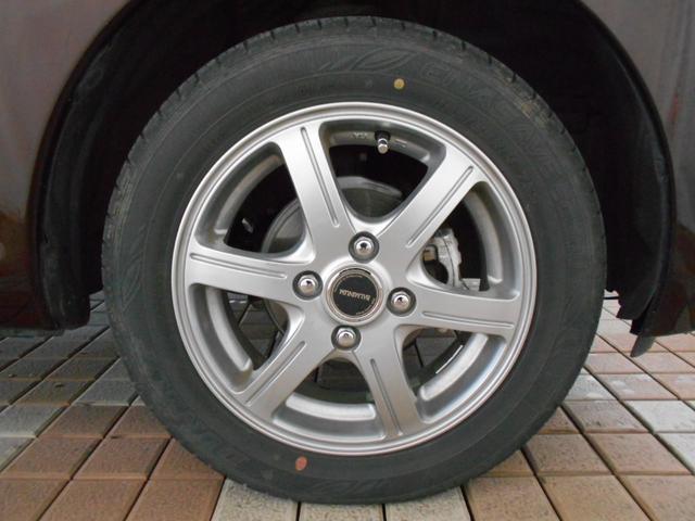 X Vセレクション+セーフティII 4WD ワンオーナー アラウンドビューモニター エマージェンシーブレーキ インテリキー プッシュスタート 社外アルミ 純正CD AUX端子 アームレスト シートヒーター ベンチシート 走行1万km台(35枚目)