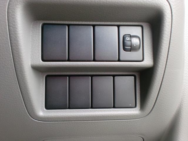 DX GLパッケージ ハイルーフ 4WD 届出済未使用車(6枚目)