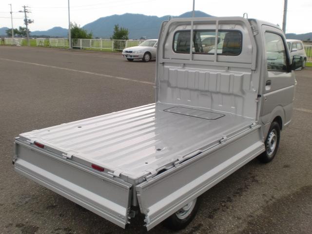 KCエアコン・パワステ 4WD 届出済未使用車(11枚目)