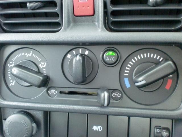 KCエアコン・パワステ 4WD 5速 届出済未使用車(3枚目)