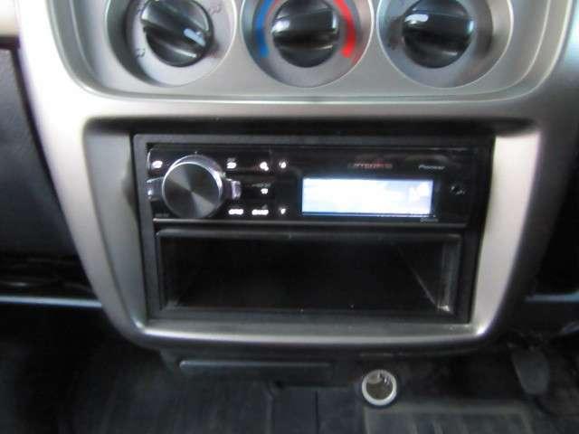 G ナビ 4WD HIDヘッドライト CD キーレス ETC(11枚目)