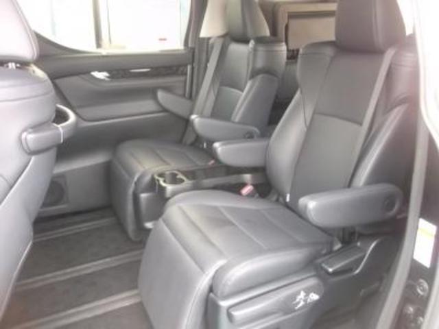 ZR 4WD トヨタセーフティセンス ツインナビ(4枚目)