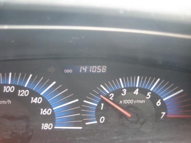 アエラス 4WD  7人乗り ETC ナビ HIDライト(13枚目)