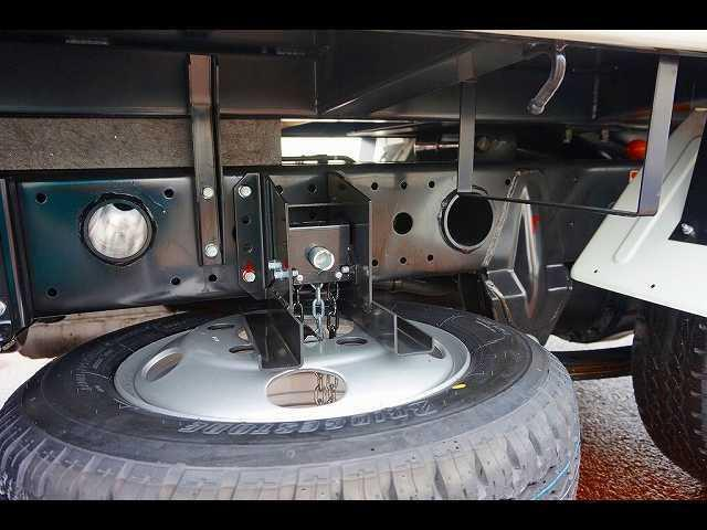 1.85t 全低床 深ダンプ 新免許対応車(10枚目)