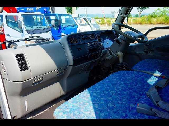2t 4WD 全低床 標準 平ボディ(14枚目)