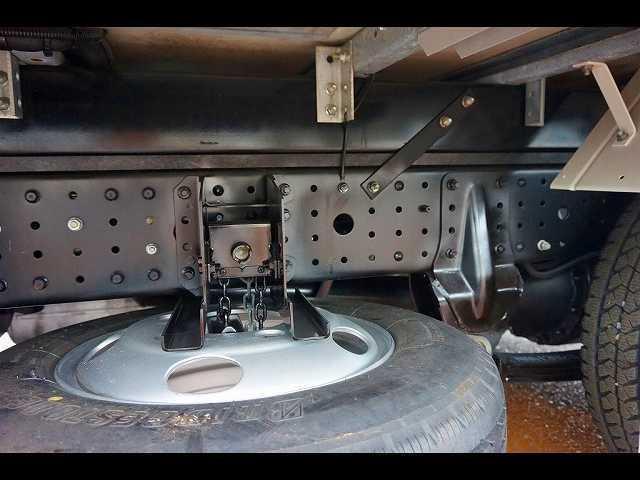 三菱ふそう キャンター 2t 全低床 標準 低温冷凍車 スタンバイ付
