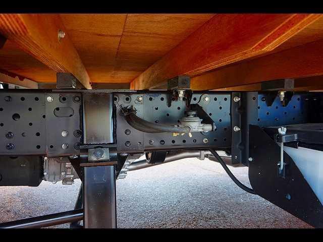 2t 4WD FFL ワイドロング 平ボディ(10枚目)