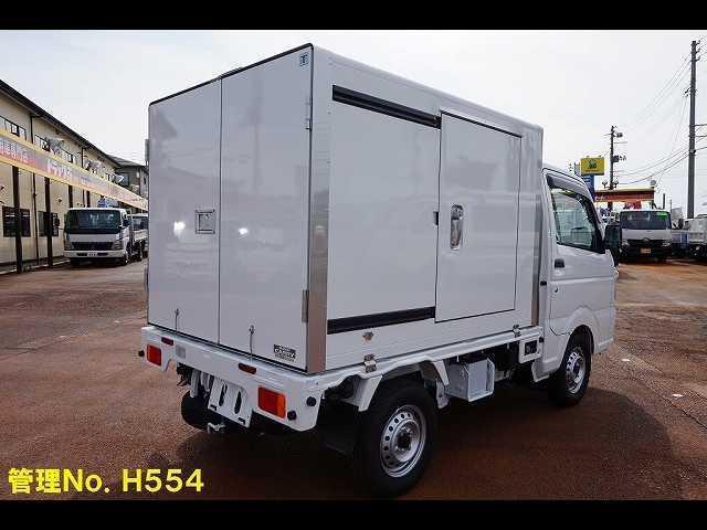 0.35t 4WD 中温冷凍車(2枚目)