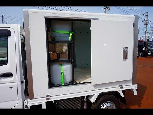 0.35t 4WD 中温冷凍車(8枚目)