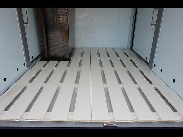 0.35t 4WD 中温冷凍車(15枚目)