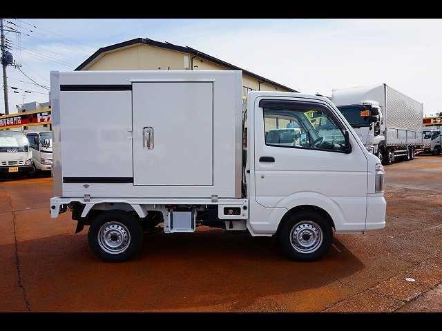 0.35t 4WD 中温冷凍車(17枚目)
