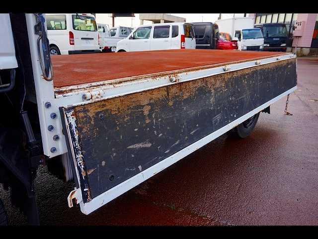 荷台内寸:312×161×38 三方開  床鉄板張り