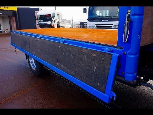 荷台内寸:368×180×38 三方開 床鉄板張り 前立て鳥居補強加工 ユニック4段 2.9t吊り URU294 ラジコン/フックイン付 H19年製