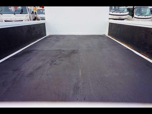 荷台内寸:312×161×38 三方開 前立て鳥居鉄板張り アオリ三方上部L型アングル補強
