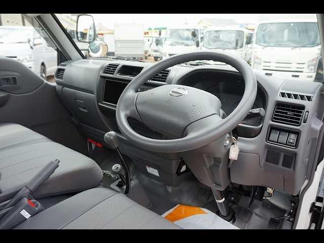 DX 0.85t 4WD Sタイヤ ガソリン 平ボディ(3枚目)