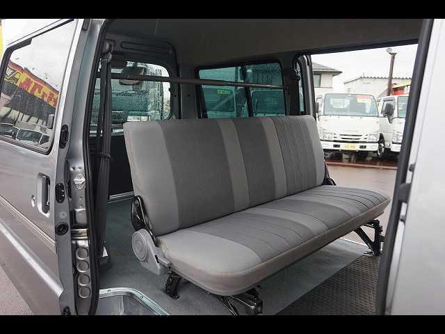 GL 0.95t 4WD 5人乗り 5ドア ガソリン(16枚目)