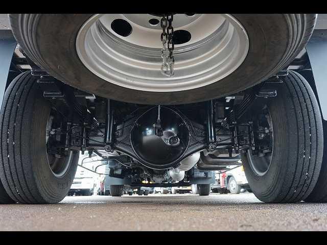 メッキホイールカバー 燃料タンク100L 左シャシ中央工具箱