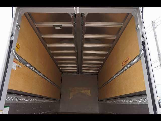 2.6t ワイドベッド付 ウイング PG/1,000kg付 リモコン付 R上部跳ね上げ式 セイコーラック 床フック5対 ラッシング2段 6速MT 電格ミラー キーレス バックモニター エアサスシート(15枚目)
