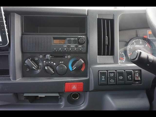 1.5t 4WD FFL Wタイヤ パネルバン(4枚目)