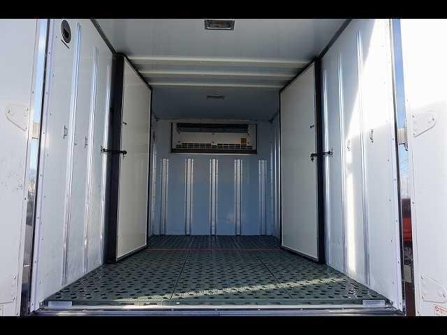 2t 4WD FFL 標準 低温冷凍車(7枚目)