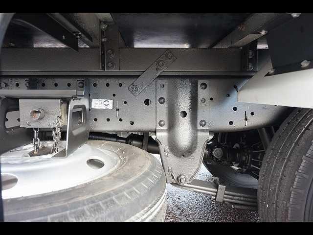 2t 4WD FFL 標準 低温冷凍車(10枚目)