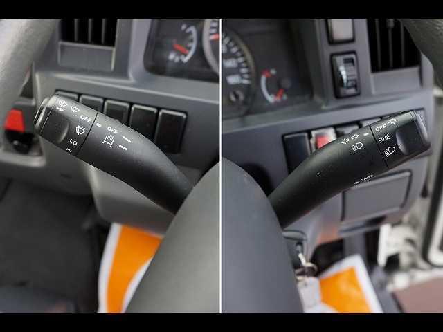 2t 4WD FFL 標準 低温冷凍車(15枚目)