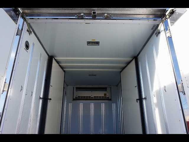 2t 4WD FFL 標準 低温冷凍車(17枚目)