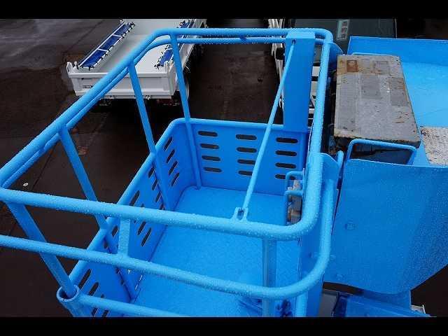 高床 標準 12M 高所作業車 アイチ製(9枚目)