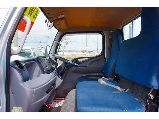 三菱ふそう キャンター 2t 4WD 全低床 標準 平ボディ