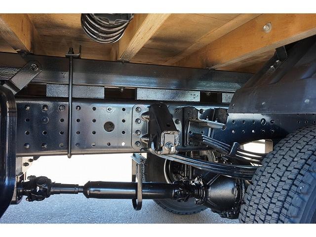 燃料タンク100L 右シャシ中央工具箱