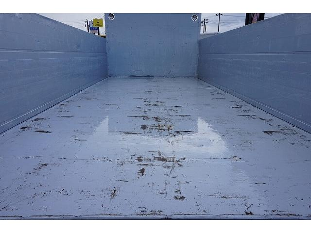 荷台内寸:534×218×89 パブコ/3GS 10Z 三方開 2段式アルミアオリ 横ねた14本 床鉄板張り 左右セイコーラック 前立て鳥居板張り/作業灯2個 垂直P/G600kg付