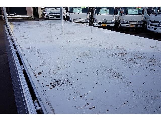荷台内寸:534×218×89 三方開 2段式アルミアオリ 横ねた14本 床鉄板張り 左右セイコーラック 垂直P/G600kg付