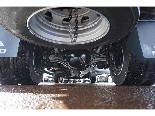 タイヤ止め2個 右シャシR3連タイヤチェーンフック アドブルー 燃料タンク100L×2個