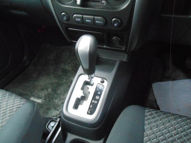 ベースグレード 4WD(8枚目)