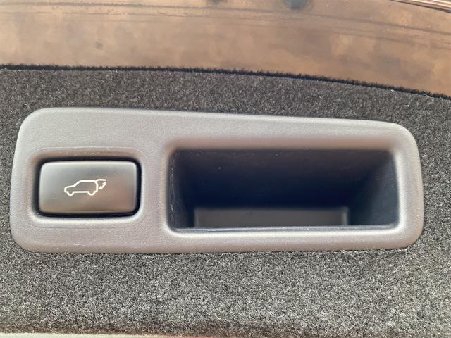 プレミアム 4WD モデリスタリップスポイラー メッキパーツ 20インチホイール 9インチナビ シートヒーター パワーシート 電動リアゲート ナビテレビ(45枚目)