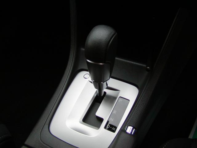 2.0iアイサイト 4WD メモリーナビフルセグ(15枚目)
