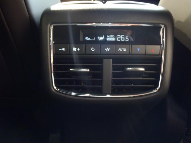 XD エクスクルーシブモード AWD 6人乗り(16枚目)