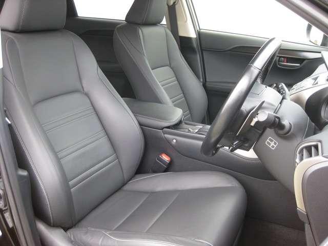 「レクサス」「NX」「SUV・クロカン」「新潟県」の中古車13