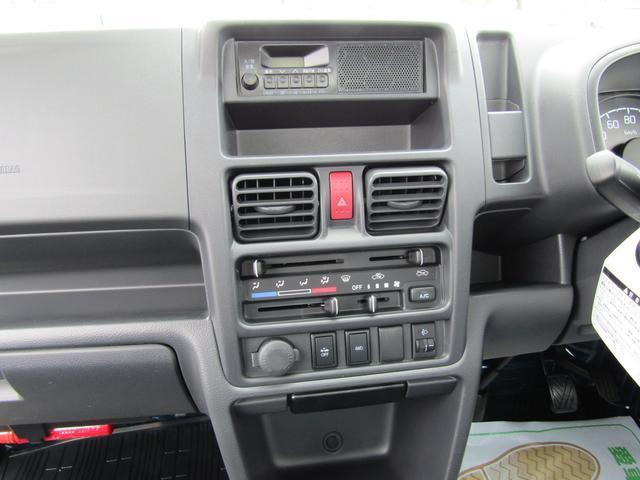 KCスペシャル 4WD 5MT キーレス ダブルエアバッグ(8枚目)