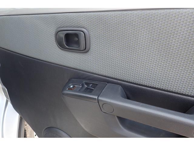 GL 4WD 5速マニュアル 純正ナビTV リヤヒーター 両側スライドドア(8枚目)
