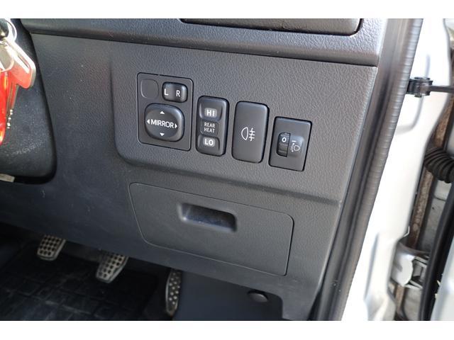 GL 4WD 5速マニュアル 純正ナビTV リヤヒーター 両側スライドドア(9枚目)