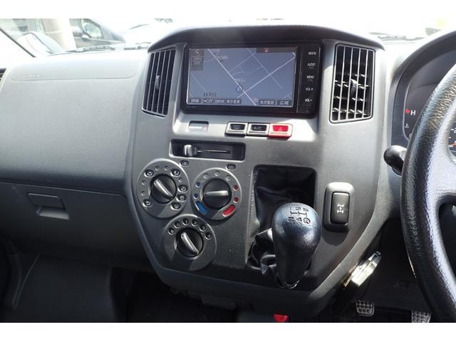 GL 4WD 5速マニュアル 純正ナビTV リヤヒーター 両側スライドドア(11枚目)