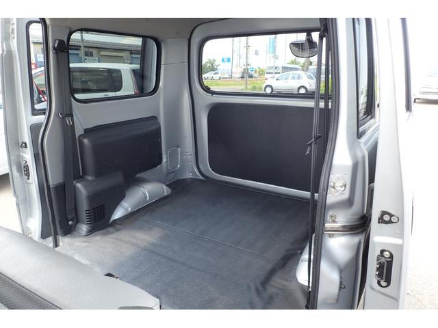 GL 4WD 5速マニュアル 純正ナビTV リヤヒーター 両側スライドドア(14枚目)