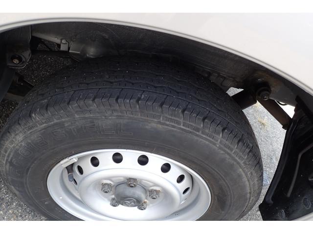 GL 4WD 5速マニュアル 純正ナビTV リヤヒーター 両側スライドドア(19枚目)