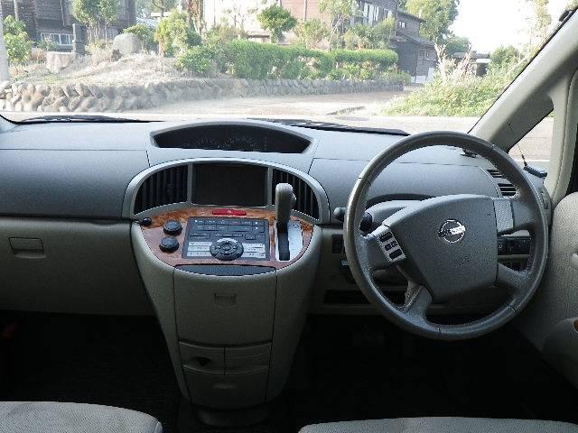 日産 プレサージュ X 4WD